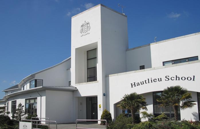 Hautlieu School, Jersey