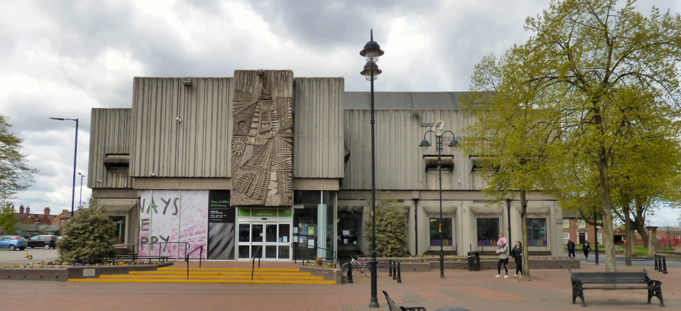 Leigh Library