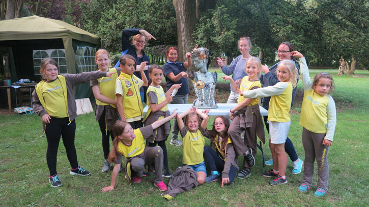 3rd Dunmow Brownies visiting the Gardens of Easton Lodge