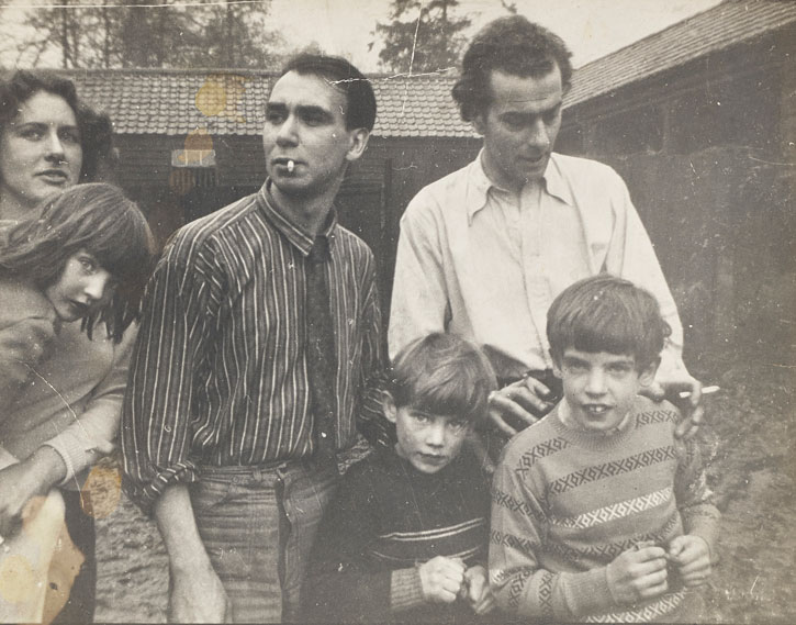 Cedra Osbourne, Robert MacBryde and Robert Colquhoun with the children of Elizabeth Smart
