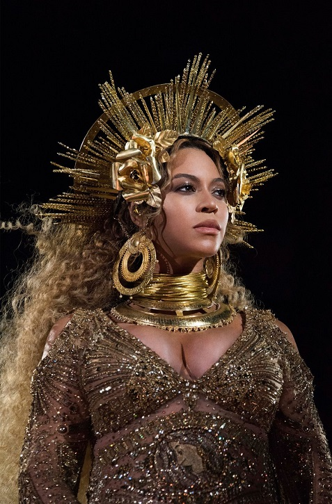 Beyoncé at the 2017 Grammys