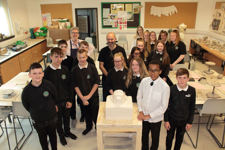 The pupils and Kenny Hunter at the Masterpieces in Schools event