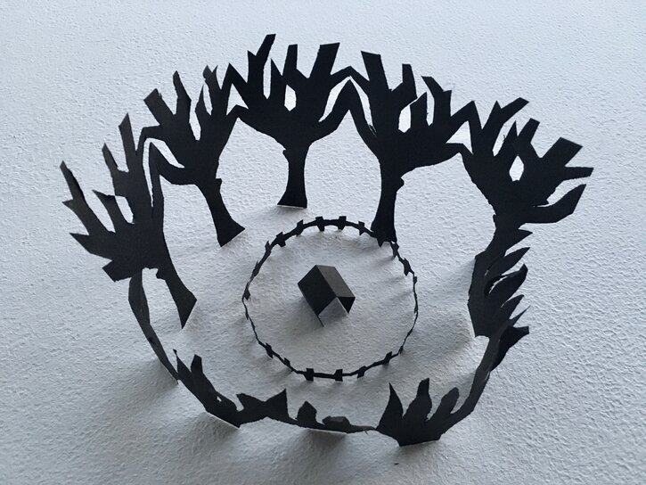 An alternative take on Mary's paper sculpture