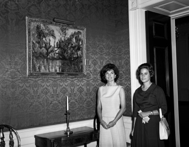 Jacqueline Kennedy with Philippa Calnan, posing with Cezanne's 'House on the Marne'