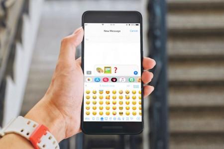 sculpture-emoji.jpg