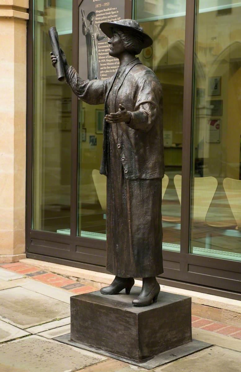 Margaret Bondfield (1873–1953)