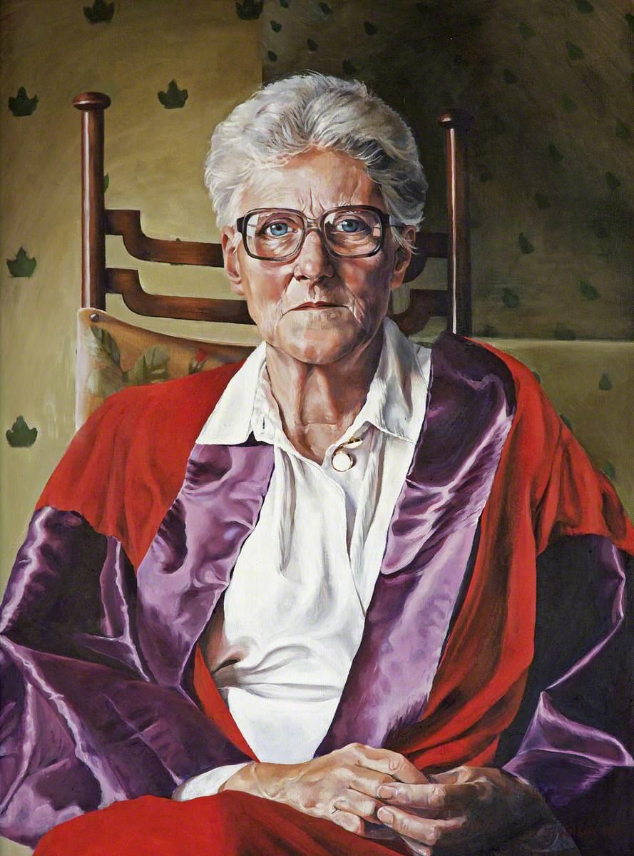 Professor Phyllida Parsloe, Warden (1991–1997)
