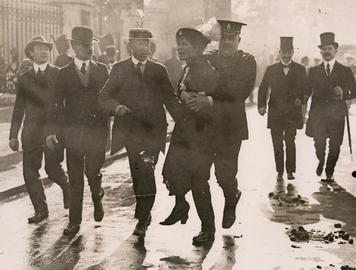 Emmeline Pankhurst's Arrest at Buckingham Palace
