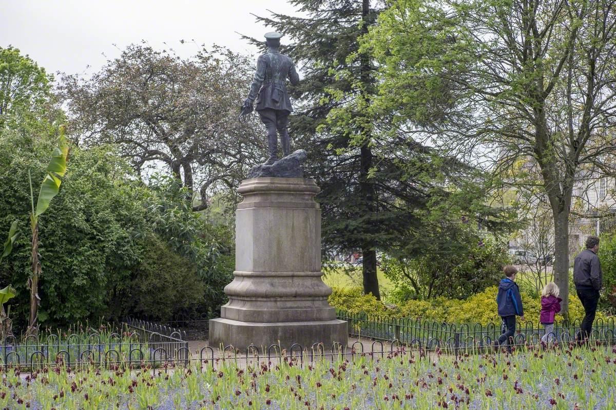 Lord Ninian Crichton Stuart (1883–1915)