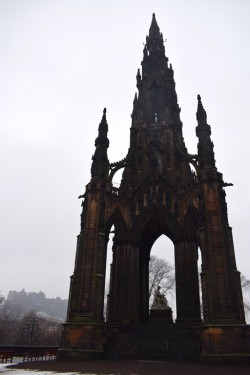 The Scott Monument with Edinburgh Castle in the background
