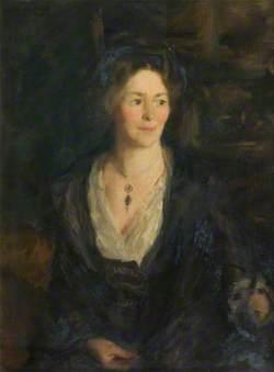 Alice E. Macdonell (1864–1947)