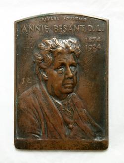 Annie Bessant, D.L. (1847–1933)