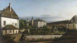 The Fortress of Konigstein: Courtyard with the Brunnenhaus