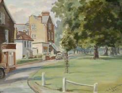 Corner of Ealing Common at Warwick Dene