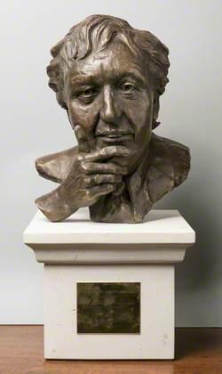 Sir Kenneth Arthur Dodd (1927–2018)