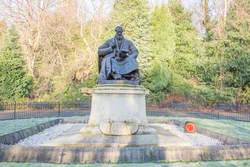 Monument to Lord Kelvin (1824–1907)