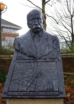 Ebenezer Howard (1850–1928), OBE