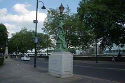 Chelsea Embankment Memorial Lamps