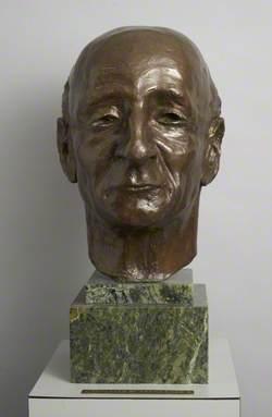 Dr James Bruce Dewar (1905–1968), Senior obstetrician (1939–1968)