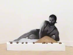 Karl Lagerfeld Bean Counter