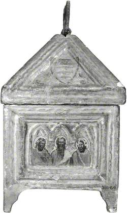 Coat of Arms (casket lid, side); Three Apostles (casket, side)