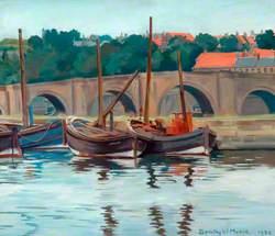 Berwick-upon-Tweed, Old Bridge from Tweedmouth Dock