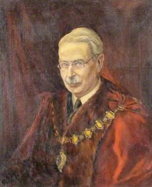Lucien Oldershaw, Mayor of Maidenhead (1925 & 1944)