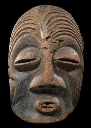 Luba Dancing Mask