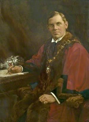 Councillor Harold Ewart Beardsley, Mayor of the Borough of Ilkeston (1930–1931)