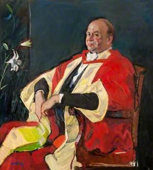 Sir Graham J. Hills (b.1926)