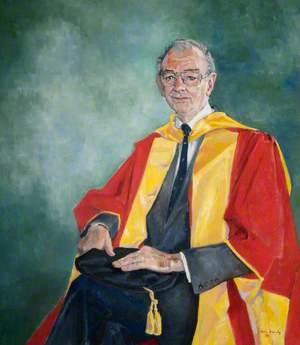 Professor Harry Allred, Dean of Dentistry, The London Hospital Medical College (1979–1985)