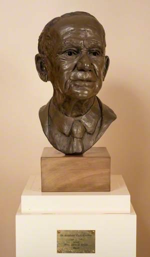 Dr Archibald E. Clark-Kennedy (1893–1985)
