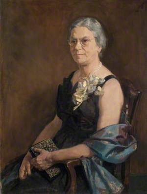 Mrs Rosamund Fisher
