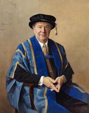 Professor Sterling, Vice-Chancellor (1990–2001)