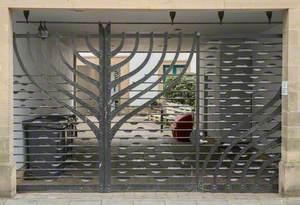 Morton's Bond Gate