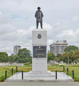 Merchant Navy Monument (The Watchkeeper)