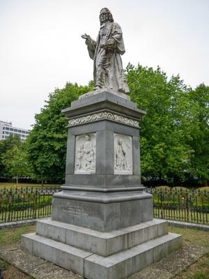 Sir Isaac Watts (1674–1748)