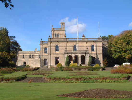 Parc Howard Museum and Art Gallery