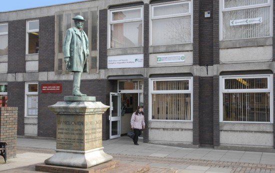 Mold Library and Museum