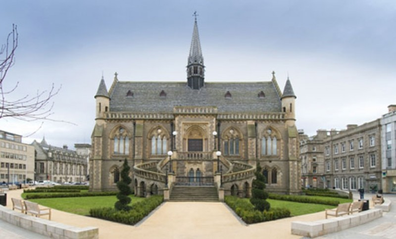 The McManus: Dundee's Art Gallery and Museum