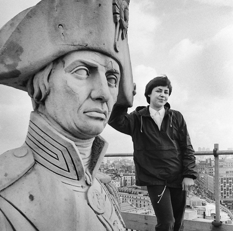 Anne Purkiss at the top of Nelson's Column, 1987