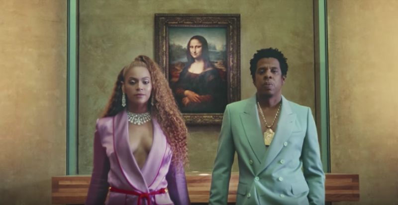 'APES**T – THE CARTERS', music video still