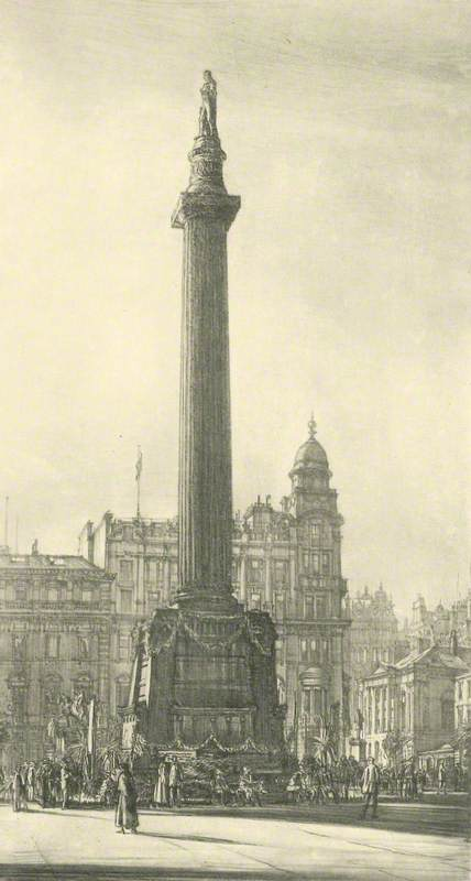 Sir Walter Scott's Monument in George Square and the Merchants' House