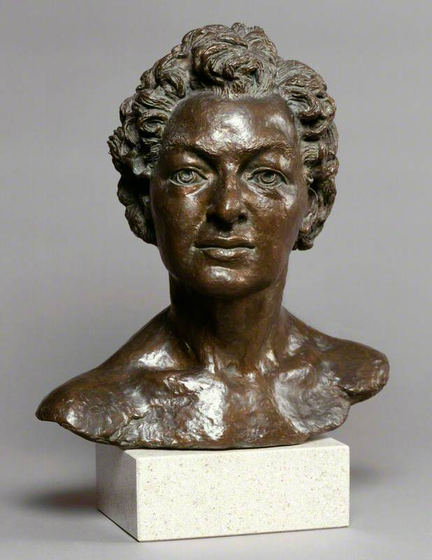 Pamela Lyndon Travers (1899–1996)