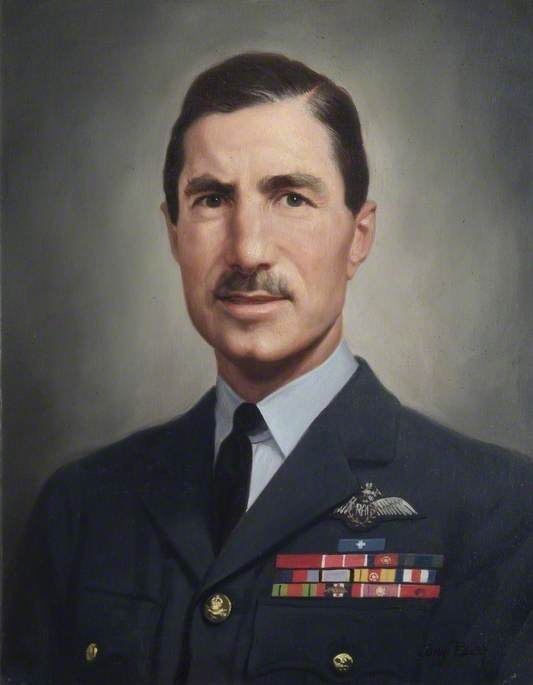 Air Vice-Marshal Sir Laurence Sinclair (1908–2001), GC, KCB, CBE, DSO, Commandant (1958–1960)