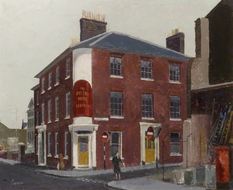 Queen's Hotel, Chapel Street, Luton, Bedfordshire