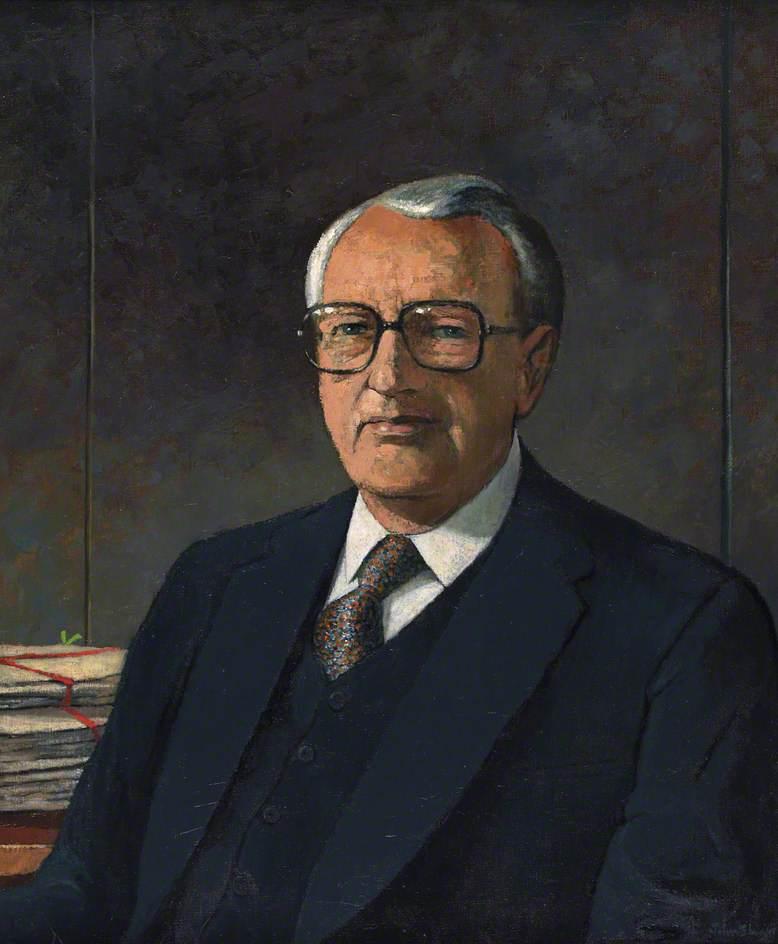 Sir Alun Talfan Davies (1913–2000)
